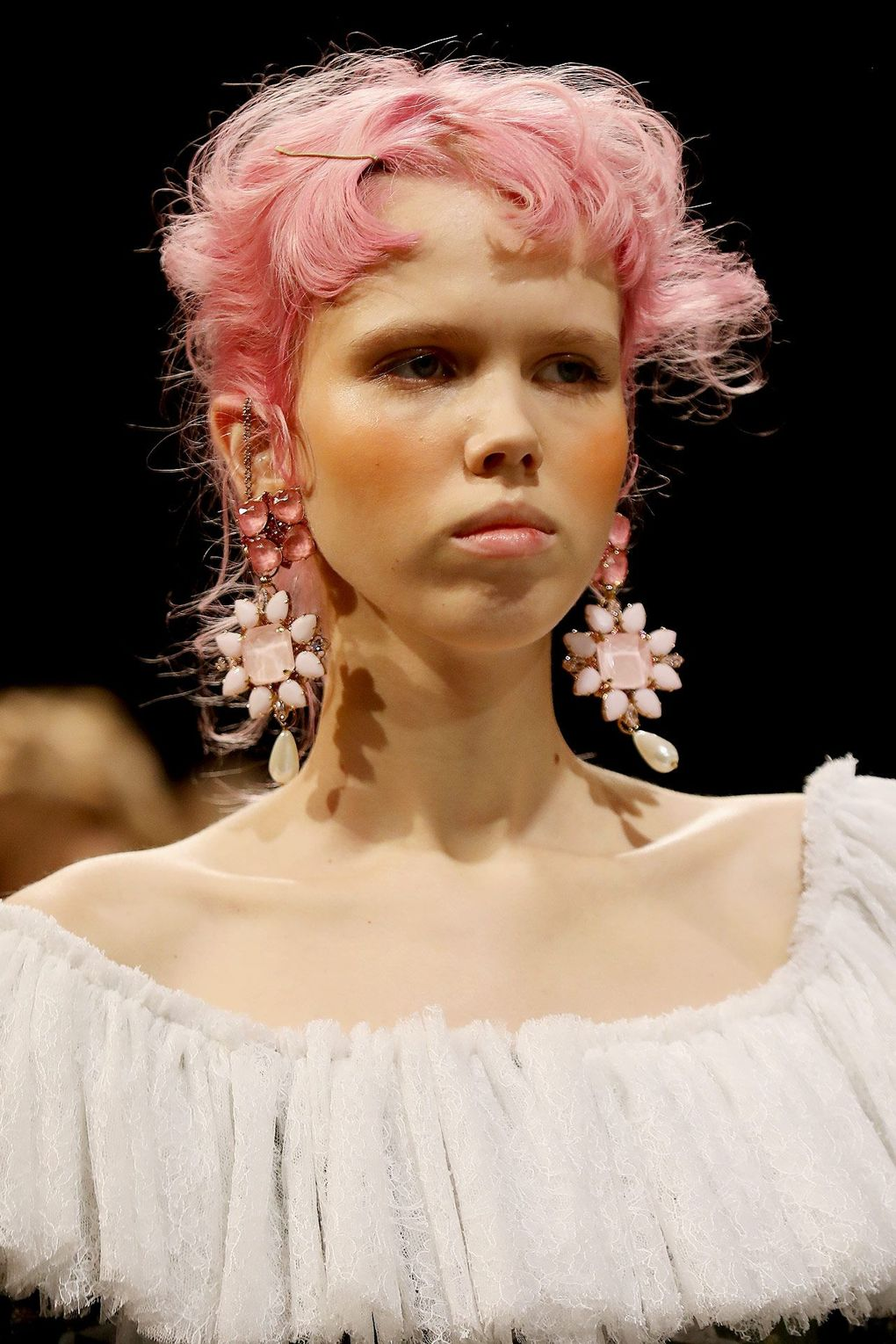 The City: London The Show: Mimi Wade The Look: Pink locks