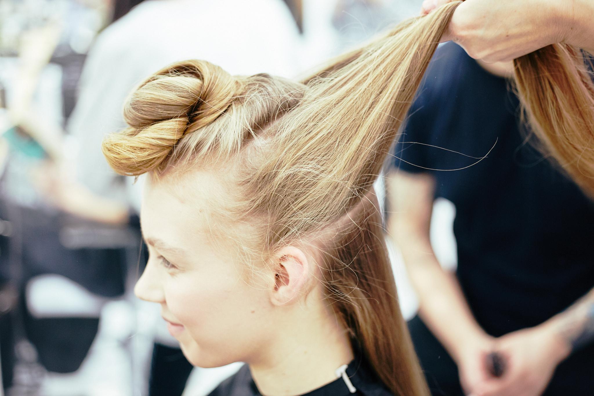 Q_hair_näytös 30