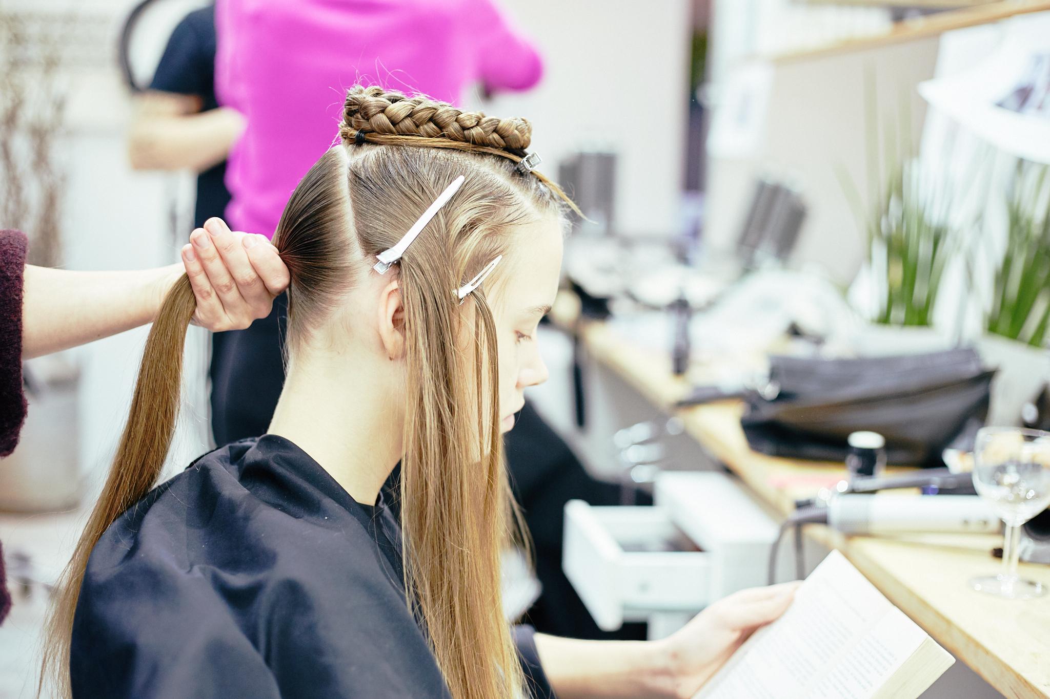 Q_hair_näytös 56