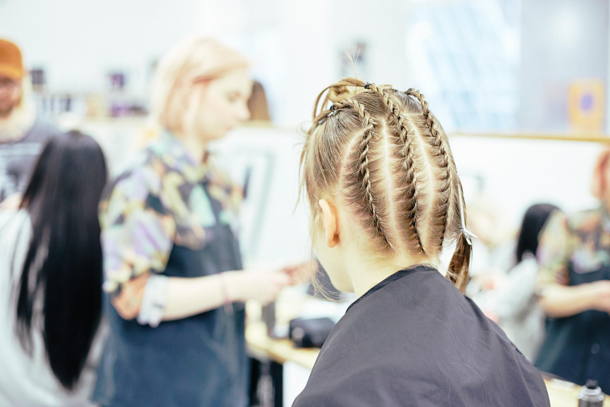 Q_hair_näytös 65